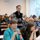 Фото №7: Студентські дебати «Глобалізація: за та проти»: «Young Generation» vs «Golden Capital».
