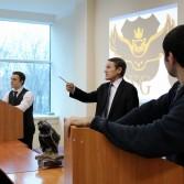 Фото №15: Студентські дебати «Глобалізація: за та проти»: «Young Generation» vs «Golden Capital».