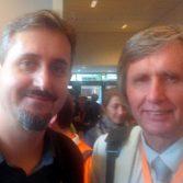 Фото: Щербина Олександр Андрійович (на фото справа), під час зустрічі з автором і головним ідеологом Moodle - Мартіном Доуґіамасом.