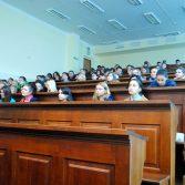 Фото №1: Зустріч студентів з фахівцем в сфері інкасації готівкового обігу.