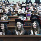 Свято вручення дипломів випускникам магістрам. Фото №20.