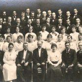Учасники хору Національного університету